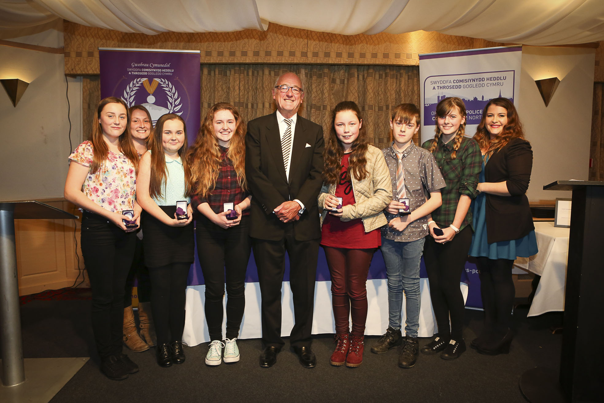 Moelfre youngsters win top award from police boss for stopping cold callers