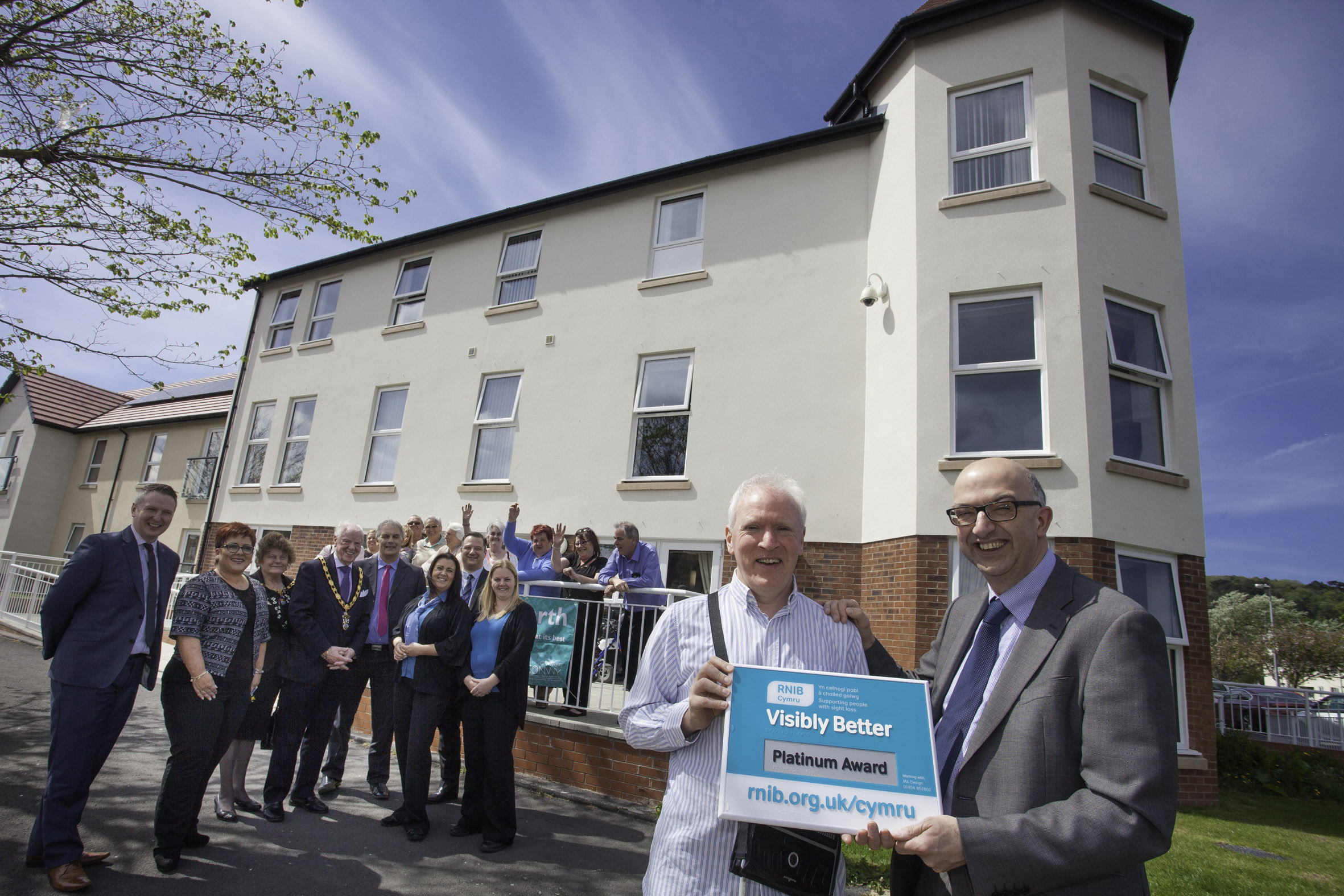 "Cartrefi Conwy flagship housing scheme wins award for being ""visibly better"""