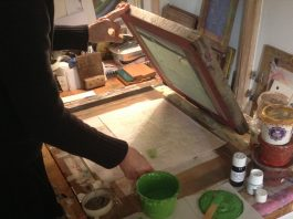 Helfa Gelf print maker Tara Dean at work in her studio