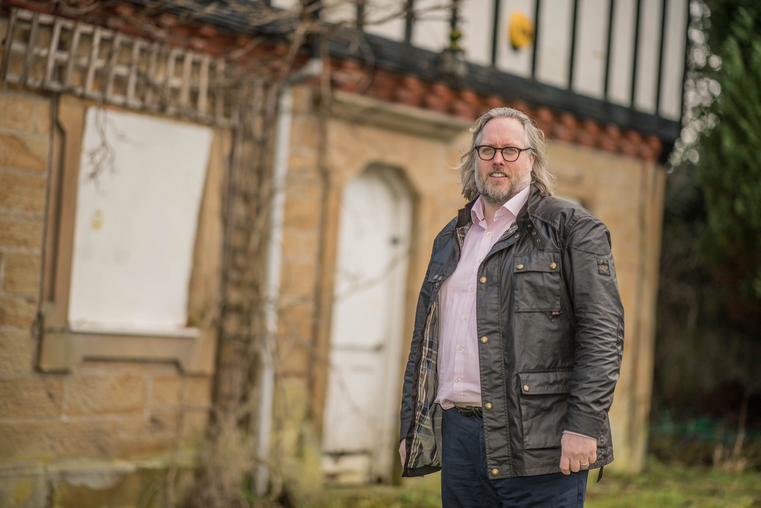 Plans unveiled to transform Victorian gate house at 'Downton Abbey' style historic hall and wedding venue