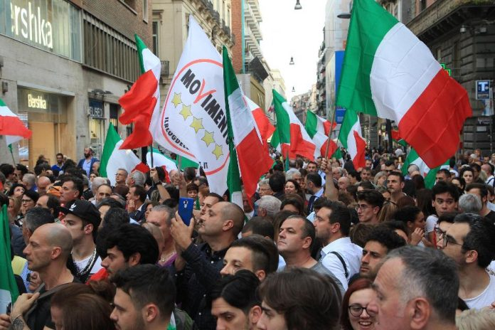 Italian anti-establishment party Movimento 5 stelle - M5S (5-Star Movement) supporters protest against the Italian President of the Republic Sergio Mattarella who did not give the charge to the M5S to make the government with the Lega Nord Party. (Photo by Carlo Hermann/KONTROLAB /LightRocket via Getty Images)