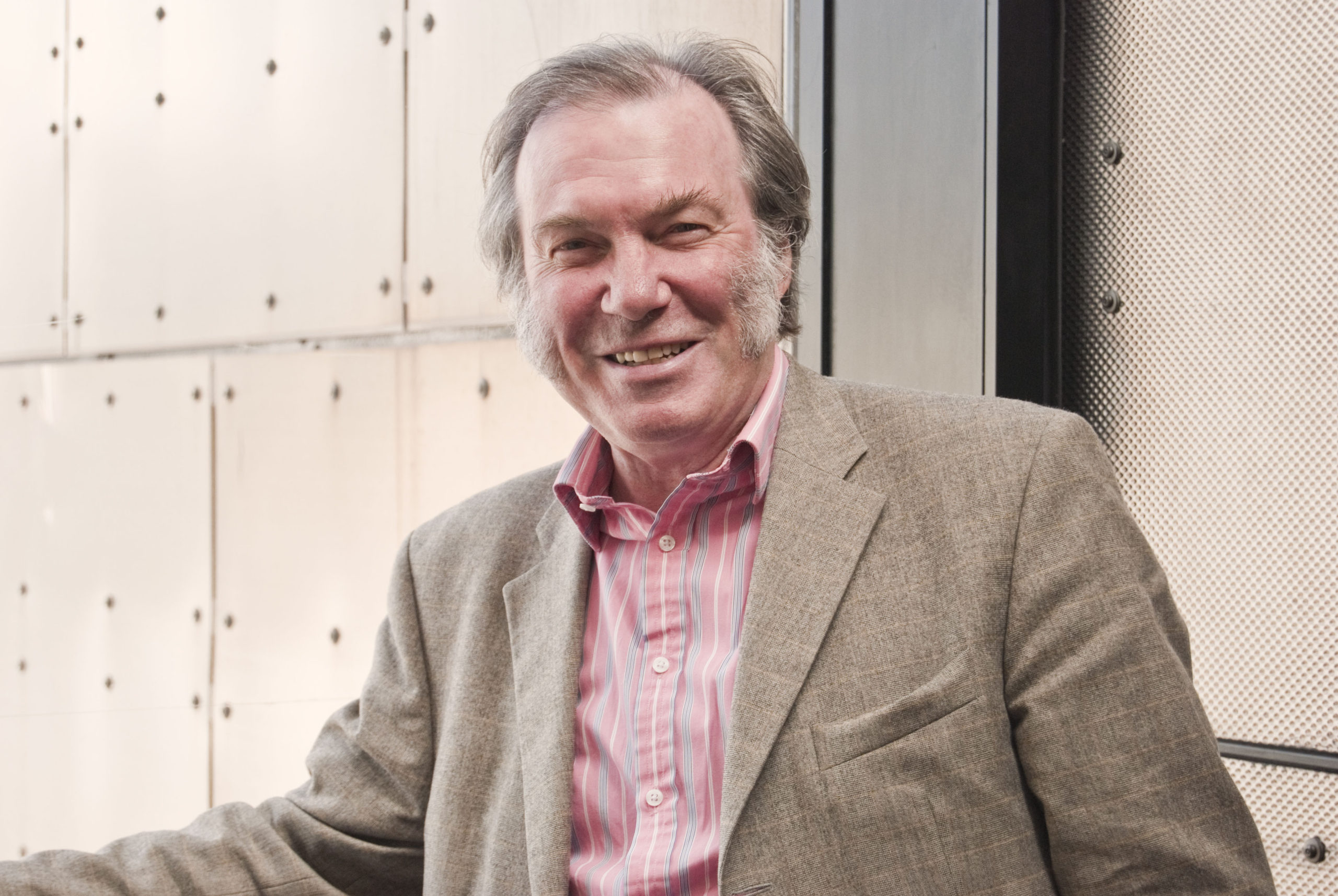 The art of business can boost economy, says opera legend