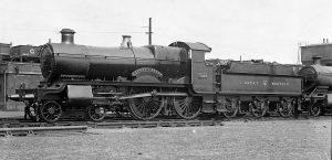 One of the original GWR 'County' class locomotives No 3826 County of Flint. Credit: W. V. Wiseman/Rail Archive Stephenson.