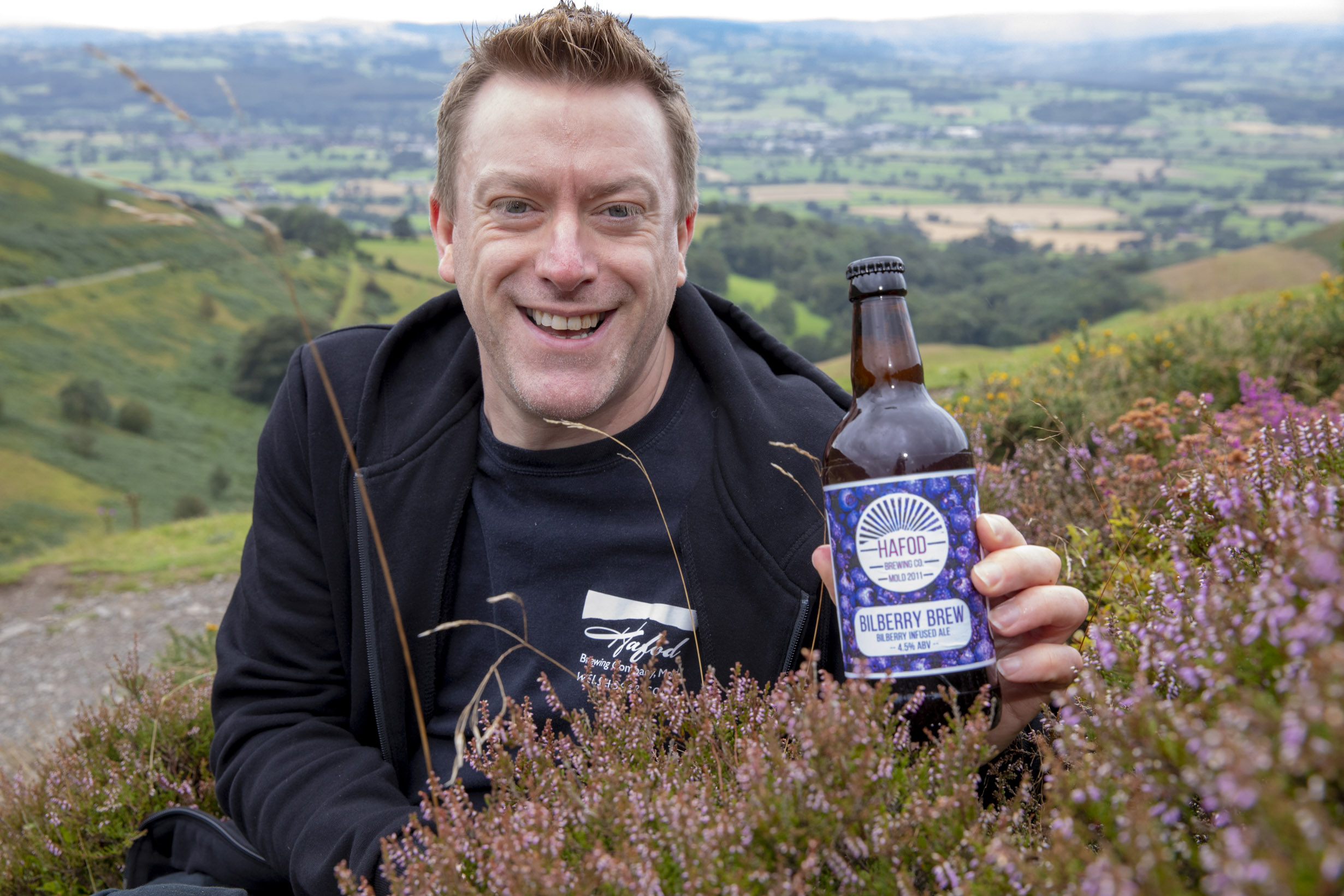 Foraging fruit pickers can earn themselves beer for bilberries